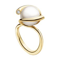 MAGIC ring - 18 kt. gold with fresh cultured pearl and brilliant cut diamonds