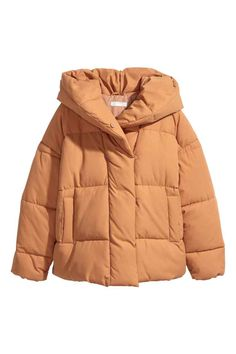 Oversized, padded jacket in woven fabric with a padded hood. Concealed snap fasteners at front, dropped shoulders, long sleeves, and side pockets. H&m Jackets, Jackets For Women, Outerwear Jackets, Black Girl Fashion, Sporty Fashion, Ski Fashion, Fashion Women, Winter Fashion, Oversized Jacket