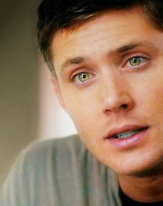*flails* *falls out of chair* *dies* DAMMIT DEAN WHY DO YOUR EYES HAVE TO BE SO GORGEOUS?!
