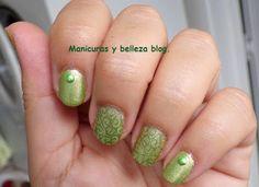 #retocolorescosasdechicasvol4 #manicuras #nails Manicuras y belleza blog: Reto colores cosas de chicas: manicura verde.