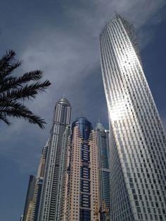 Voyage Dubai, Dubai Architecture, Dubai Travel, Gold Rush, Abu Dhabi, Mosque, Islands, Skyscraper, City