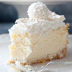 Raffaello Coconut Almond Cheesecake with Coconut Meringue by kwestiasmaku… No Bake Desserts, Just Desserts, Dessert Recipes, Yummy Treats, Sweet Treats, Yummy Food, Cupcake Cakes, Food Cakes, Coconut Recipes