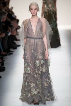Foto VHW201415 - Valentino Herfst/Winter 2014-15 (71) - Shows - Fashion - VOGUE Nederland