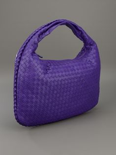 BOTTEGA VENETA Weaved Circle Bag in purple