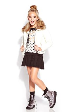 Forever 21 outfits for girls. Cute Outfits For School, Cute Winter Outfits, Outfits For Teens, Forever 21 Outfits, Forever 21 Fashion, Cute Fashion, Look Fashion, Kids Fashion, Junior Girls Clothing