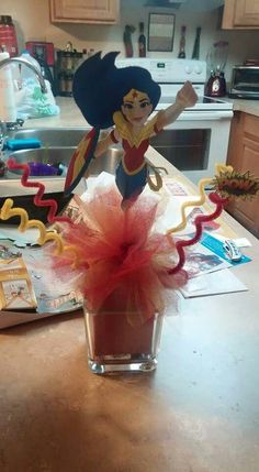 Wonder Woman Centerpiece