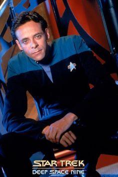"Star Trek Deep Space Nine "" Julian baby, I need a doctor!"" Star Trek Generations, Deep Space 9, Star Trek Cast, Star Trek Images, Star Trek Characters, Star Trek Universe, Marvel Universe, Star Wars, Star Trek Original"