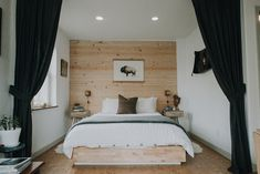 Northwest Home Design and Staging - Portland, Oregon Modern Rustic Decor, Rustic Style, Mid Century Bed, Master Bedroom, Bedroom Decor, Cozy Bedroom, Bedroom Ideas, Dining Nook, Rustic Interiors