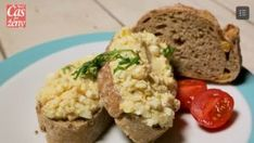 Vajíčková nátierka | Casprezeny.sk Baked Potato, Potatoes, Baking, Ethnic Recipes, Buxus, Bread Making, Patisserie, Potato, Backen