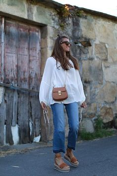 Comfy and cute casual outfit. Boho Fashion, Fashion Outfits, Womens Fashion, Milan Fashion, 90s Fashion, Fashion Brands, Style Fashion, Spring Summer Fashion, Spring Outfits