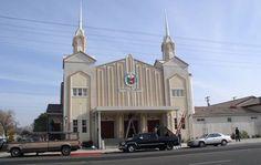 IGLESIA NI CRISTO - Church of Christ - Iglesia de Cristo Churches Of Christ, Mansions, House Styles, Christ, Manor Houses, Villas, Mansion, Palaces, Mansion Houses