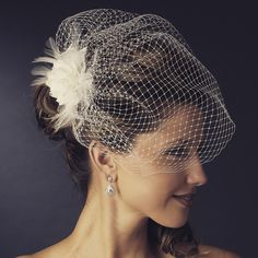 """""""The Lindy"""" Feather Flower Birdcage Veil (Black/White)"""