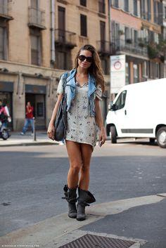 colete + vestido + bota