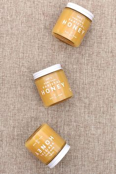 A light and floral honey, with a unique raspberry finish. This pure, raw honey with the aroma of warm cocoa butter pairs well with chamomile tea. Custom Gift Boxes, Customized Gifts, Personalized Gifts, Gourmet Food Gifts, Gourmet Recipes, Food Gift Baskets, Employee Gifts, Client Gifts, Business Gifts