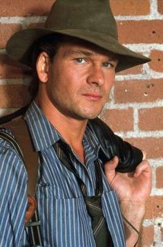 Patrick Swayze (Ben has a mission to accomplish and he can't let anything - or anyone - get in the way)