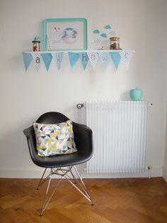 Notre déco pour un Baby Shower : fanions, bannière, décoration de table !  Retouvez notre article sur notre blog : http://meandmytriangles.blogspot.fr/2015/05/creation-decoration-baby-shower-boy.html #babyshower #blog #babyboy #fanions #déco #creation