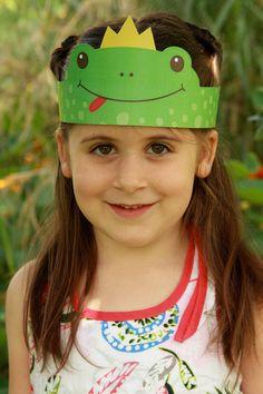Diy For Kids, Crafts For Kids, Frog Activities, Crazy Hats, Handprint Art, Easy Paper Crafts, Diy Crafts Hacks, Toddler Art, Montessori Materials