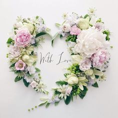 Hello, J U U I . I share with you this heart of flowers, I hope it will … – Super Ideas DIY Flower Backgrounds, Flower Wallpaper, Flower Vases, Flower Arrangements, Month Flowers, Spring Aesthetic, Beautiful Flowers Wallpapers, Deco Addict, Deco Boheme