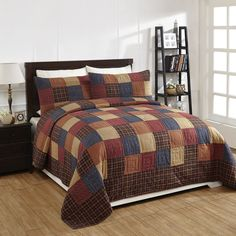 OLD GLORY Quilted Bedding Set - Available in Queen and King sizes Our hand quilted
