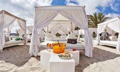 Ushuaia (Playa d'en Bossa, 10; Sant Jordi de Ses Salines, Ibiza) Ibiza Beach Hotel, Ibiza Beach Club, Beach Cabana, Beach Tent, Beach Hotels, Lounge Club, Lounge Party, Bar Lounge, Ushuaia