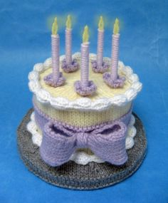 This cute amigurumi birthday cake free knitting pattern is a great decoration on someone's birthday! Make one with this free pattern now! Amigurumi Patterns, Knitting Patterns Free, Free Knitting, Baby Knitting, Free Pattern, Knitting Cake, Crochet Cake, Crochet Food, Tsumtsum