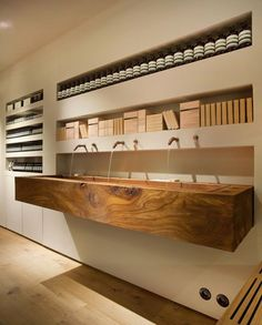Aesop Bibliotekstan / In Praise of Shadows | AA13 – blog – Inspiration – Design – Architecture – Photographie – Art