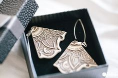 Handmade ceramic earings by Zu Design Portfolio | Zukistudio