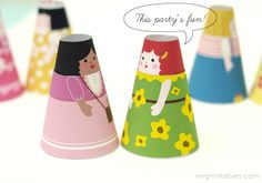 Free Printable Paper Dolls You only need a color printer, some paper glue and scissors. Cute Crafts, Crafts To Do, Crafts For Kids, Arts And Crafts, Paper Crafts, Diy Crafts, Paper Glue, Diy Paper, World Thinking Day