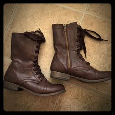 Mossimo combat boots Excellent condition! Wore once. Can unlace the top so they role down. Super cute! Mossimo Supply Co Shoes Lace Up Boots