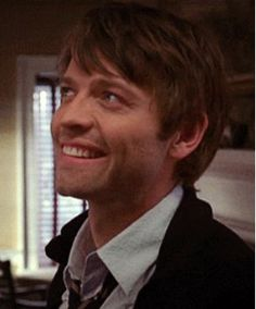 Misha Collins Daily ‏@dailymishapics   Look how precious and fluffy Misha was in Reinventing the Wheelers