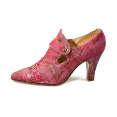 Shoes Theatrical pink tapestry shoes