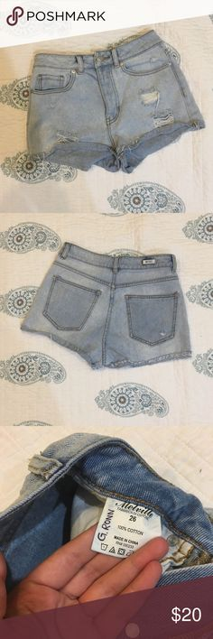 """Brandy Melville denim shorts Jean shorts from Brandy Melville, perfect condition. Only """"flaw"""" is my name written in the tag. Size 26. No try ons because these don't fit me anymore. Worn a couple times but still got a lot of life left in em! They are button fly not zip fly! Let me know if you have any questions and You're welcome to bundle from my shop! 😊 Brandy Melville Shorts Jean Shorts"""