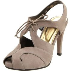 Ros Hommerson Women`s Stefan Pump,Taupe,9 WW US $60.13