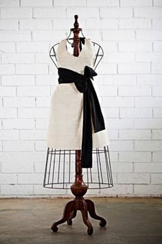 $85, this is my favorite apron ever. I wants it. Bad.
