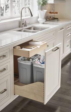 Drawer above garbage WHAT! Kitchen Pantry Design, Diy Kitchen Storage, Kitchen Redo, Kitchen Cupboards, Modern Kitchen Design, Home Decor Kitchen, Interior Design Kitchen, Home Kitchens, Kitchen Remodel