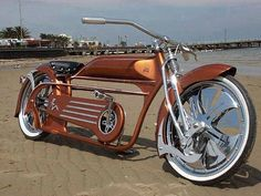 Outstanding custom bikes photos are readily available on our site. look at this and you wont be sorry you did. Velo Beach Cruiser, Cruiser Bicycle, Motorized Bicycle, Velo Retro, Velo Vintage, Vintage Bicycles, Scooter Moto, Motorcycle Bike, Lowrider Bicycle