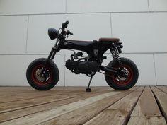 Mini Monster, Motorized Bicycle, Hot Bikes, Mini Bike, Electric Scooter, Bike Design, Scrambler, Scooters, Custom Cars