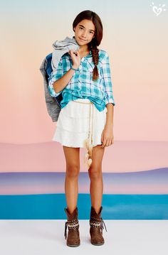 Weve got the coolest plaid shirts to style up your way. Summer School Outfits, College Outfits, Outfits For Teens, Cool Outfits, Summer Clothes, Fashion Poses, Fashion Outfits, Girlie Style, Justice Clothing