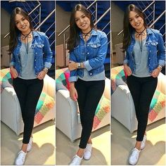 (@looks.aindanaosourica) Legging preta com blusa cinza, jaqueta jeans e tênis branco