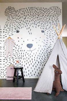 Ozp 3770 Wow, what a great idea l Make your own wall mural yourself l Wallpaper ~ Onszelf The post Ozp 3770 appeared first on Woman Casual - Kids and parenting Kids Room Wallpaper, Wallpaper Panels, Bear Wallpaper, Bedroom Wallpaper, Wallpaper Ideas, Baby Bedroom, Kids Bedroom, Bedroom Decor, Room Baby