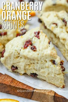Cranberry Orange Scones – Spend With Pennies These easy Cranberry Orange Scones can be made with greek yogurt or buttermilk for a moist but crumbly dessert. Drizzle with a simple orange glaze before serving for the perfect citrusy flavor. Baking Recipes, Dessert Recipes, Scone Recipes, Quiche Recipes, Party Desserts, Bread Recipes, Baking Scones, Bread Baking, Gastronomia