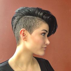 Pixie Cut With Shaved Side ❤. - Pixie Cut With Shaved Side ❤️ Love the idea of undercut pixie mixture? Besides lovely ideas of how to style your shave Pixie Haircut Styles, Short Pixie Haircuts, Pixie Hairstyles, Short Hair Cuts, Curly Hair Styles, Pixie Cuts, Edgy Pixie, Long Haircuts, Edgy Haircuts
