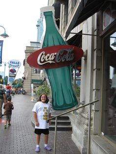 Niagara Falls Canada Coke store!!!