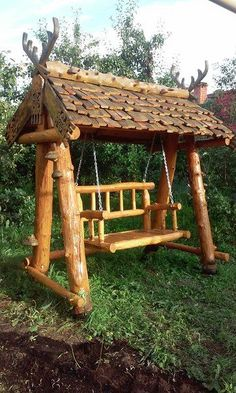 Do It Yourself Ideas and Crafts for Rustic Furniture Rustic Outdoor Furniture, Natural Wood Furniture, Rustic Living Room Furniture, Porch Furniture, Unique Furniture, Garden Furniture, Rustic Decor, Furniture Ideas, Raised Garden Bed Plans