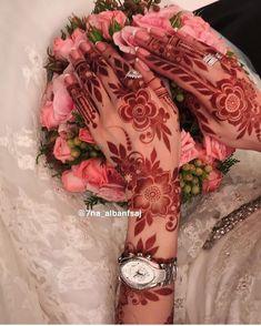 311.7k Followers, 4,228 Following, 7,075 Posts - See Instagram photos and videos from زيت الحشيش الافغاني الاصلي💯🌱 (@vip541) Henna Flower Designs, Arabic Henna Designs, Modern Mehndi Designs, Mehndi Design Photos, Wedding Mehndi Designs, Beautiful Henna Designs, Dulhan Mehndi Designs, Latest Mehndi Designs, Mehndi Designs For Hands
