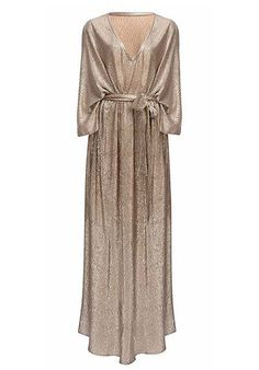 Tinker Tailor Rhode Resort metallic casual caftan is an amazing addition to any glitzy closet!