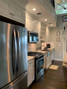 Contact Information & Rates | The North Shore Resort King Beds, Queen Beds, Roll Away Beds, 2 Twin Beds, Kitchen Cabinets, Kitchen Appliances, Full Bed, Stay The Night, North Shore