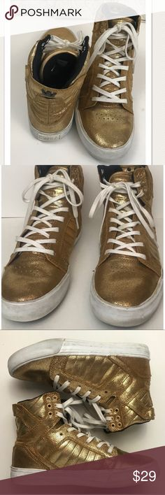 Gold Supra SkyTop Sneakers Size 7 Gold Supra SkyTop high top sneakers size 7. Good condition . A few marks on the white rubber that can easily be erased. No other flaws. No stains, snags or holes. Supra Shoes Sneakers