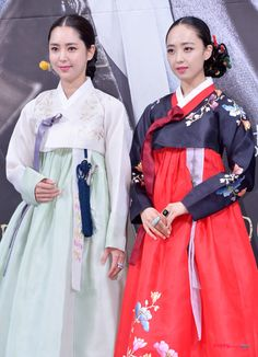 "Actress Kim Minjung, New K-drama ""God of Trade"" and Korea Traditional Outfits"