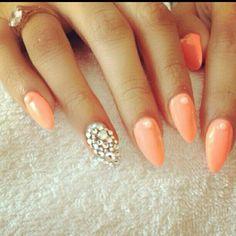 cute almond nails tumblr